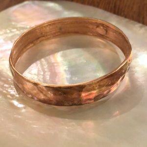 KENNETHLANE hammered copper-color bangle bracelet
